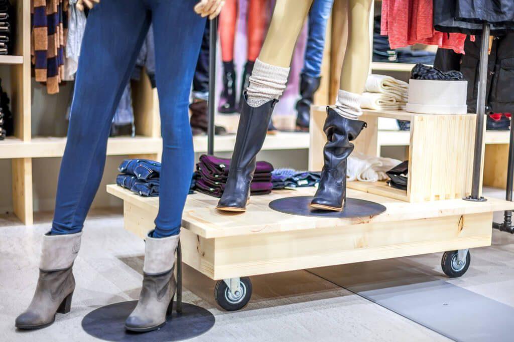 wyposażenie sklepu w meble tu buty
