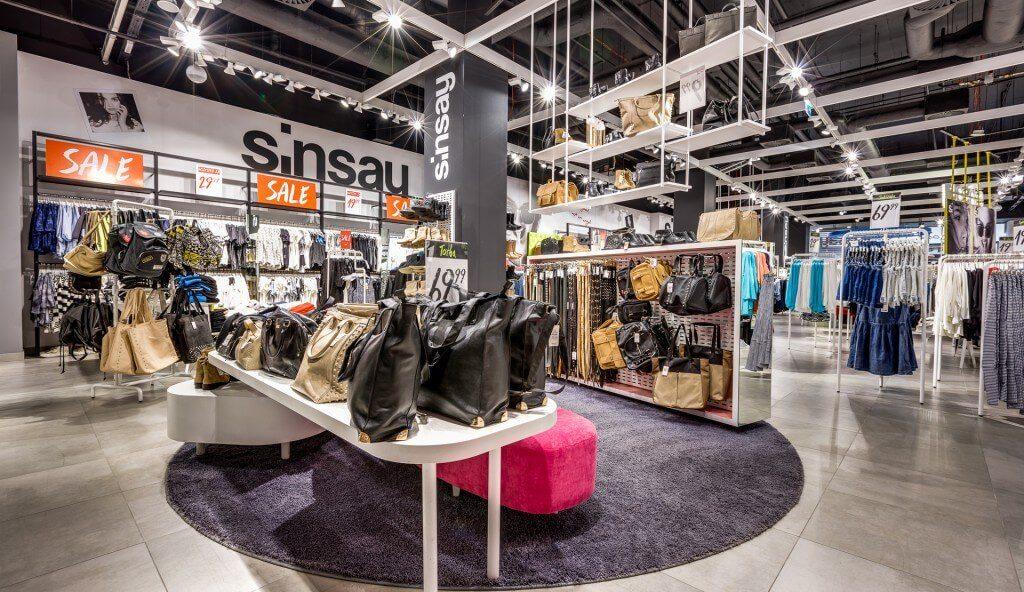 Wyposażenie obiektu sklepowego sinsay6