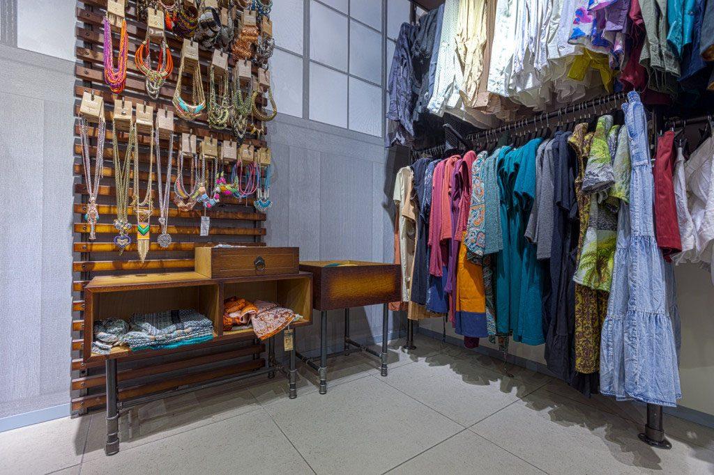 wyposażenie sklepów handlowych5