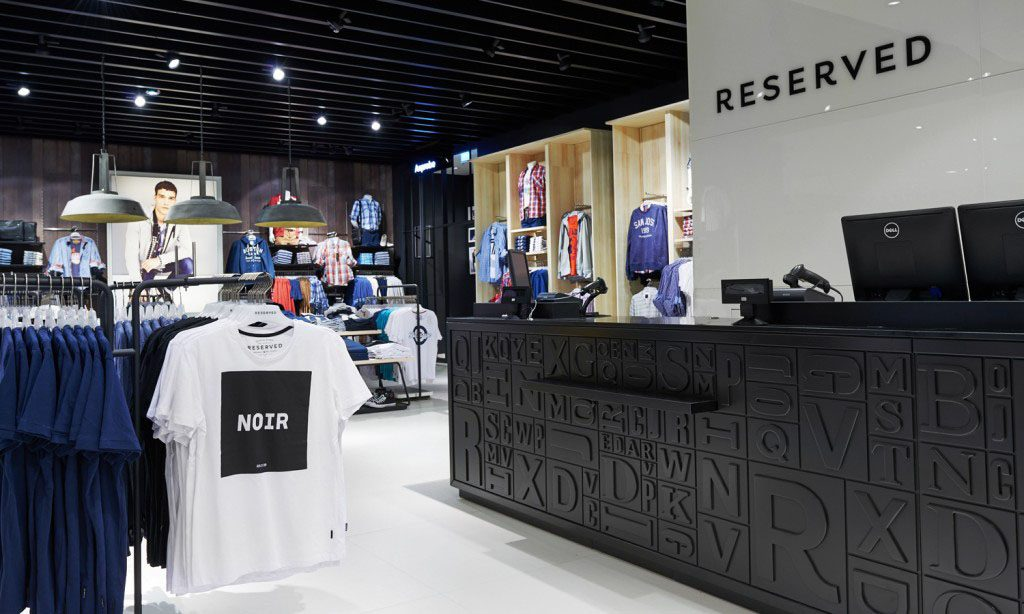 projektowanie i produkcja mebli sklepowych