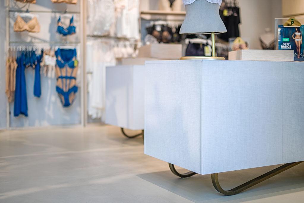 meble dla sklepów w galerii handlowej