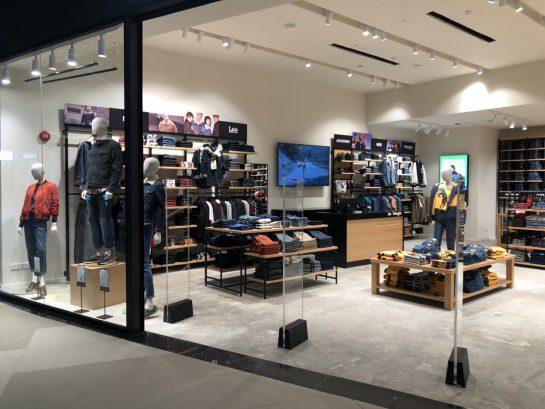 projektowanie i produkcja wyposazenia dla sklepów