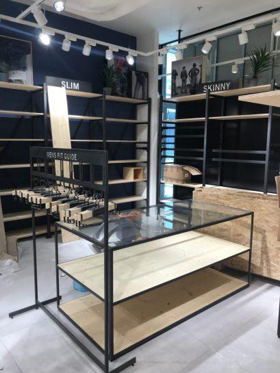 Kolejny sklep Levi'sa w Pradze przygotowany przez Ergo Store