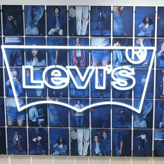 Levi's outlet in Thessaloniki prepared by Ergo Store