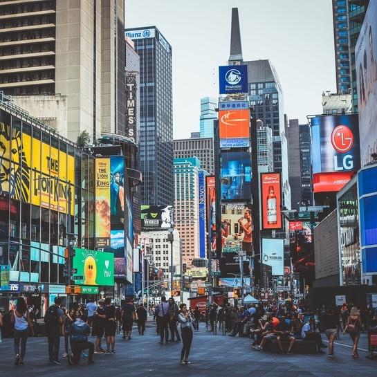 Jak zmieniają się współczesne ulice handlowe?