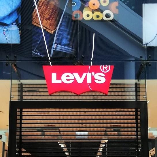 Sklep Levi'sa w Tbilisi przygotowany przez Ergo Store