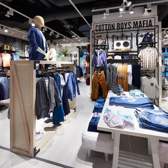 testErgo Store odświeżyło sklepy House w Rosji i Czechach