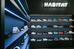 Jak wyznaczyć klientowi sklepu ścieżkę zakupów przy pomocy światła?