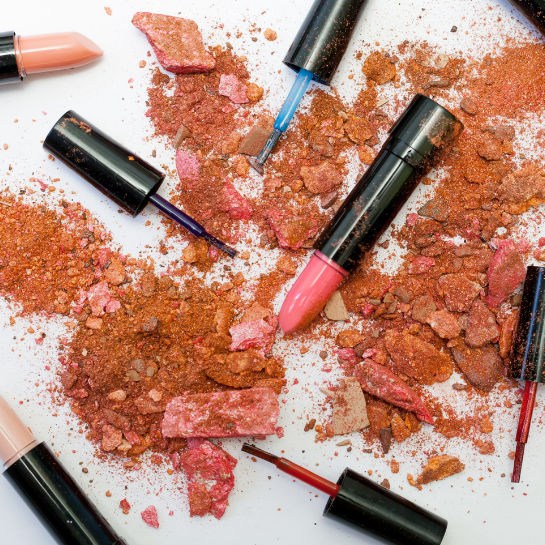 testVisual Merchandising w branży beauty – jak zwiększyć sprzedaż kosmetyków w sklepie stacjonarnym?
